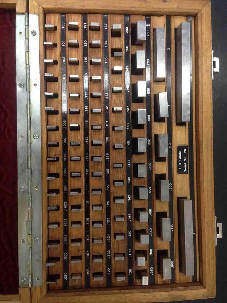 Set of gauge blocks for calibrating an indicator. Photo credit: SSC-Aviation